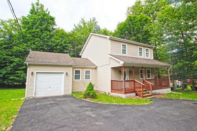 1070 COUNTRY PLACE DR, Tobyhanna, PA 18466 - Photo 2