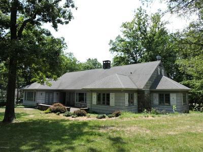 337 SUMMIT DR, Buck Hill Falls, PA 18326 - Photo 1