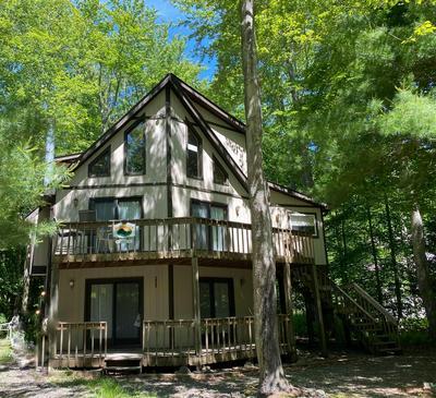 419 QUAKER CT, Pocono Lake, PA 18347 - Photo 1