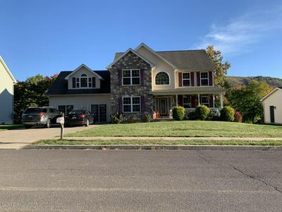 628 E PRINCETON AVE, Palmerton, PA 18071 - Photo 1