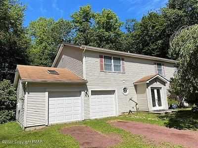 2114 HEMLOCK CT, Tannersville, PA 18372 - Photo 2