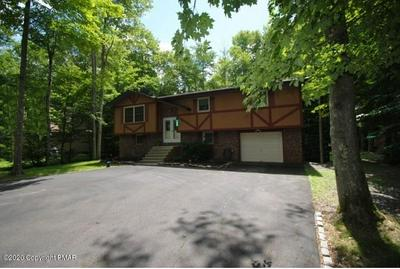 150 MAXATAWNY DR, Pocono Lake, PA 18347 - Photo 1