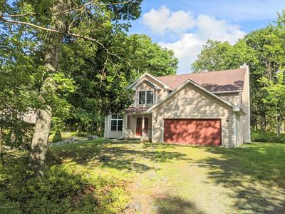 105 POMMEL DR, Lords Valley, PA 18428 - Photo 1