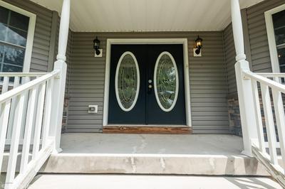 1512 EAGLES VIEW CT, Stroudsburg, PA 18360 - Photo 2
