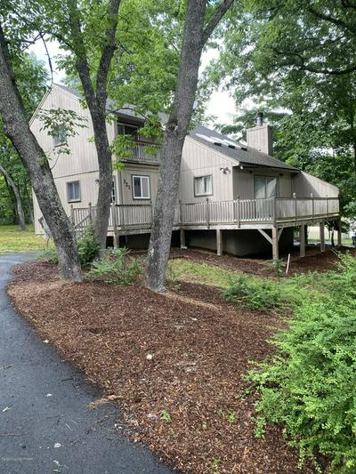 321 CLUBHOUSE DR, East Stroudsburg, PA 18302 - Photo 1