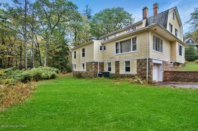 38 SUMMIT AVE, Pocono Manor, PA 18370 - Photo 2
