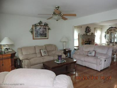 8 BASS CT, Gouldsboro, PA 18424 - Photo 2
