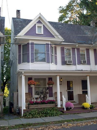 509 THOMAS ST, Stroudsburg, PA 18360 - Photo 1