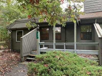 125 CONDOR DR UNIT 23, Bushkill, PA 18371 - Photo 2
