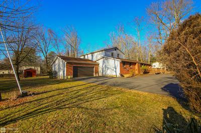 1127 MATTIOLI RD, Bartonsville, PA 18321 - Photo 2