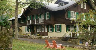 24 SUMMIT AVE, Pocono Manor, PA 18370 - Photo 1