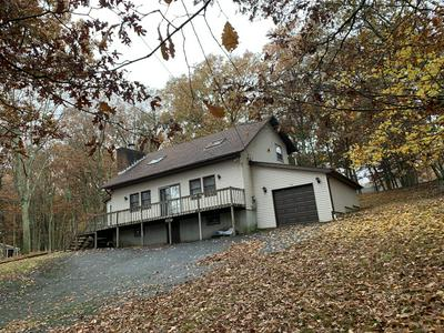 2351 EAGLE PATH, Bushkill, PA 18324 - Photo 2