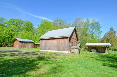 1021 TOBYHANNA RD, Gouldsboro, PA 18424 - Photo 2