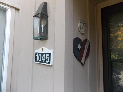 1045 CRESTWOODS DR, Pocono Pines, PA 18350 - Photo 2