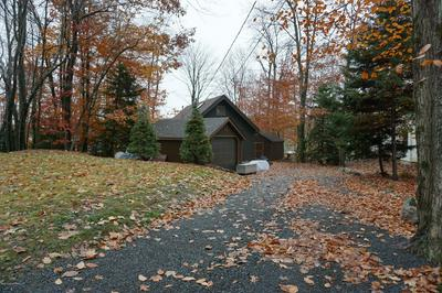 1101 ARROWHEAD DR, Pocono Lake, PA 18347 - Photo 2