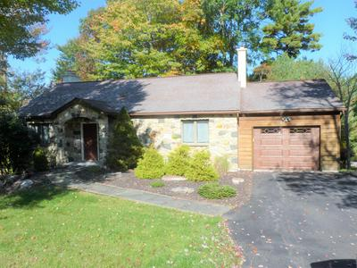 105 WOLF HOLLOW RD, Lake Harmony, PA 18624 - Photo 2