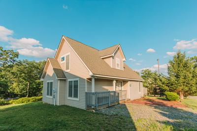 212 SYCAMORE CT, Tannersville, PA 18372 - Photo 1