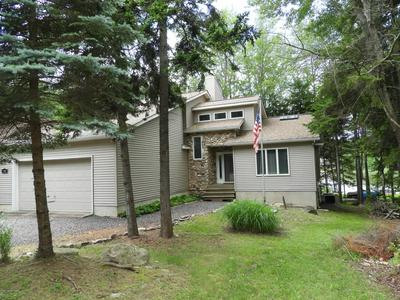 298 N ARROW DR, Pocono Lake, PA 18347 - Photo 2