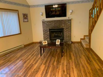 204 PHEASANT PL, Tobyhanna, PA 18466 - Photo 2