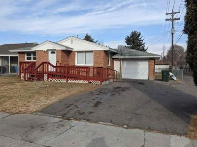 320 E WALNUT ST, Pocatello, ID 83201 - Photo 1