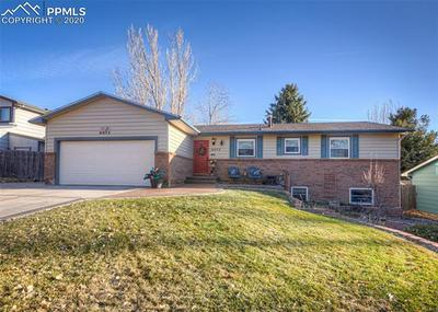 6075 LITTLE JOHNNY DR, Colorado Springs, CO 80918 - Photo 2