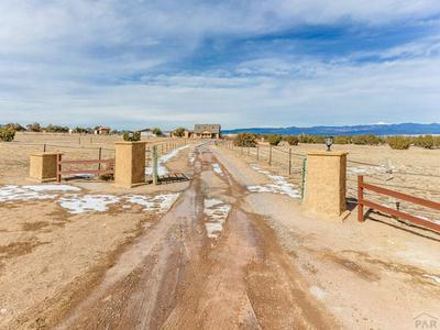 1275 NEWTON RD, Pueblo, CO 81005 - Photo 2