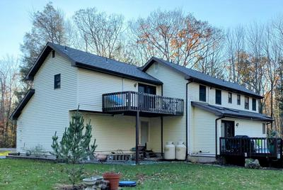 832 EVERGREEN DR, Lakeville, PA 18438 - Photo 2