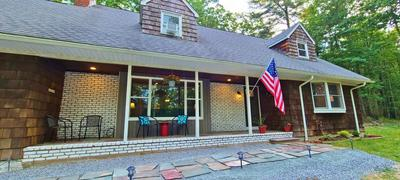 19 RUFFED GROUSE DR, Lakeville, PA 18438 - Photo 2
