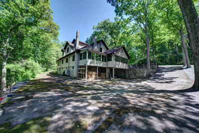 82 PAUPACK POINT RD, Hawley, PA 18428 - Photo 2