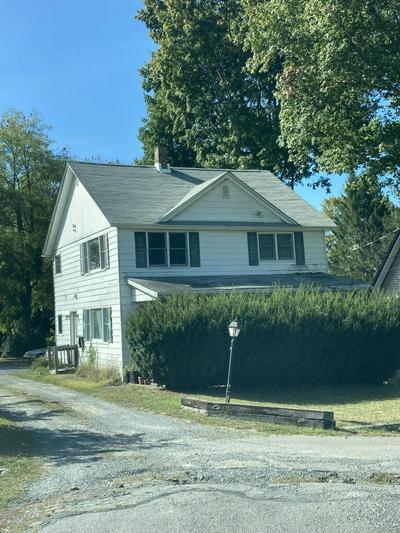 141 BELLEMONTE AVE, Hawley, PA 18428 - Photo 2