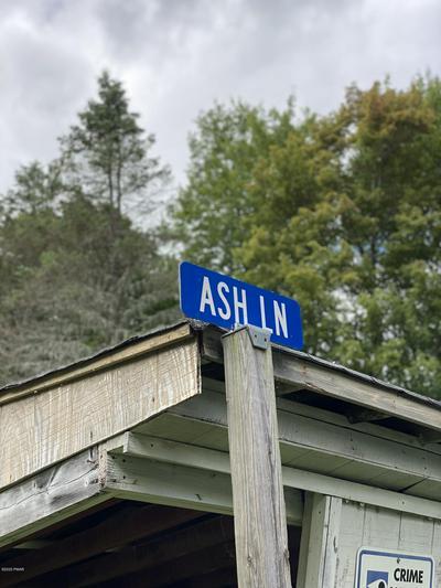203 ASH LN, Greentown, PA 18426 - Photo 2