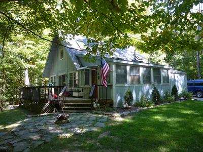 247 ROCKY MOUNTAIN DR, Greentown, PA 18426 - Photo 1