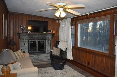 136 LIGHTNING WAY, Paupack, PA 18451 - Photo 2