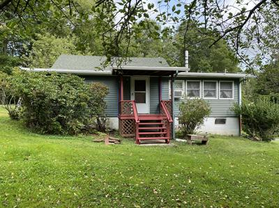 8 REINING RD, Honesdale, PA 18431 - Photo 1