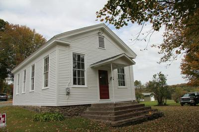 7 DONOVAN RD, Honesdale, PA 18431 - Photo 2
