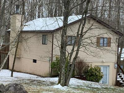 113 RIDGE VIEW RD, Lake Ariel, PA 18436 - Photo 1
