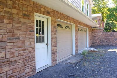 382 SAW MILL RD, Greentown, PA 18426 - Photo 2