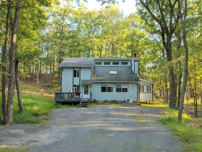 806 PINTO CT, Lords Valley, PA 18428 - Photo 1