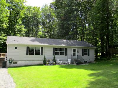 109 COLONIAL LN, Greentown, PA 18426 - Photo 1