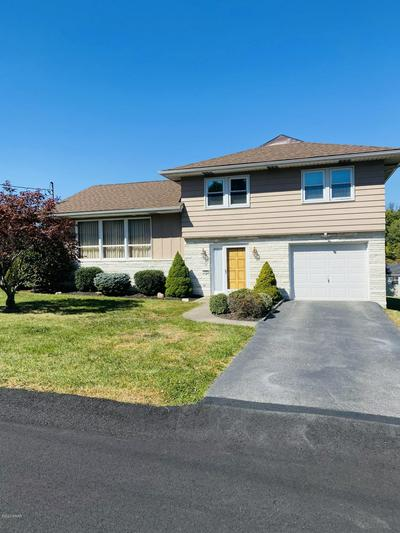 109 DONNY DR, Roaring Brook Township, PA 18444 - Photo 1