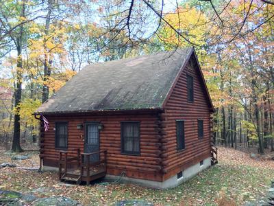 477 CUMMINS HILL RD, Milford, PA 18337 - Photo 1