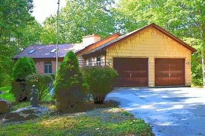 102 HICKORY LN, Lords Valley, PA 18428 - Photo 2