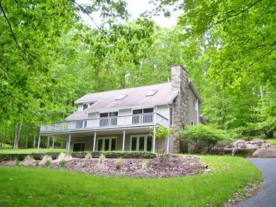 577 LAKESHORE DR, Lakeville, PA 18438 - Photo 1