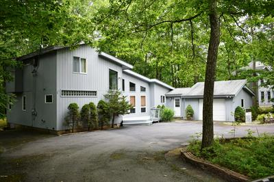 139 RODEO DR, Lords Valley, PA 18428 - Photo 2