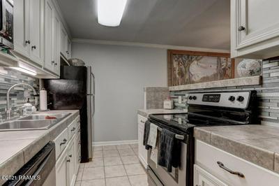 220 DOUCET RD APT 149G, Lafayette, LA 70503 - Photo 2