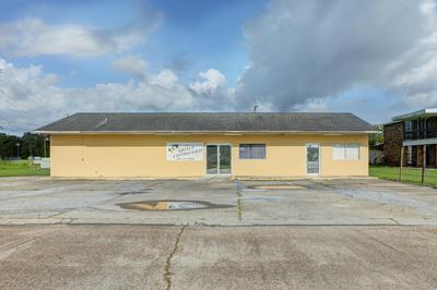 101 TOURNAMENT BLVD, Berwick, LA 70342 - Photo 2