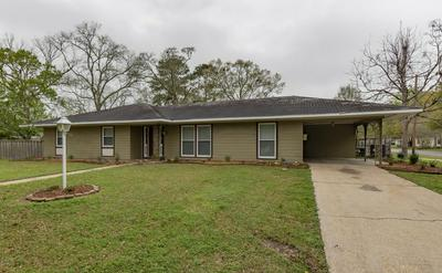 225 E 8TH ST, Crowley, LA 70526 - Photo 2