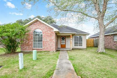 512 CARRIAGE LIGHT LOOP, Youngsville, LA 70592 - Photo 1