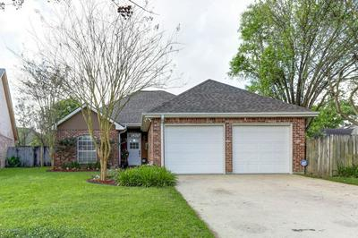 202 CRICKLADE CT, Youngsville, LA 70592 - Photo 1