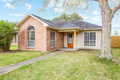 512 CARRIAGE LIGHT LOOP, Youngsville, LA 70592 - Photo 2